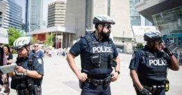 Cảnh sát Toronto cho biết, cư dân không bắt buộc phải giải thích sao mình dời khỏi nhà